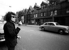Bob Dylan in Sheffield, 1966, by Barry Feinstein.