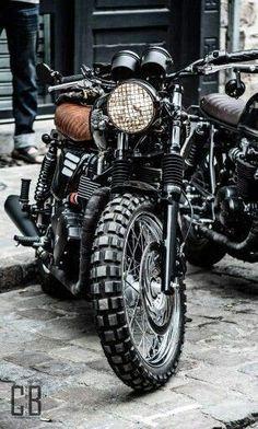 Scrambler motorcycle triumph bonneville motors 68 New Ideas Triumph Bonneville T100, Triumph Cafe Racer, Cafe Racer Bikes, Triumph Motorcycles, Triumph Scrambler, Cafe Racer Motorcycle, Moto Bike, Motorcycle Design, Moto Fest