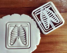 Chest x-ray cookie cutter biscuit cutters Gifts radiologists bones sternum medical emergency imaging rib cage students one of a kind ooak Radiology Humor, Rad Tech, Science Party, Cookie Gifts, Cookie Cutters, 3d Printing, Medical, Cookies, Prints
