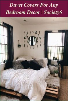 Here are some teenage lady bed room concepts that are sure to beauty her if you're stumped when it comes to decorating your daughter's bedroom. When d... Small Room Bedroom, Room Ideas Bedroom, Bedroom Inspo, Home Decor Bedroom, Modern Bedroom, Contemporary Bedroom, Bed Room, Bedroom Designs, Bedroom Black