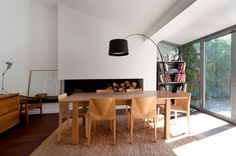 Tasteful Home Remodeling by Maurice Padovani: Le Prado Residence Wooden Dining Tables, Dining Table Chairs, Wooden Chairs, Dining Area, Dining Rooms, My Living Room, Living Spaces, Le Prado, Houses In France
