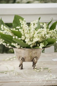 StoneGable: LILY OF THE VALLEY TABLESCAPE