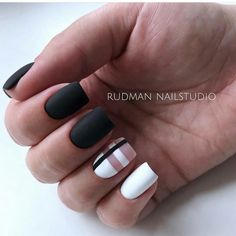 Long Nails Design Ideas You Should Try Today – Long Nails – Long Nail Art Designs New Year's Nails, Toe Nails, Hair And Nails, Long Nail Designs, Nail Art Designs, Nails Design, Long Nail Art, Perfect Nails, White Nails