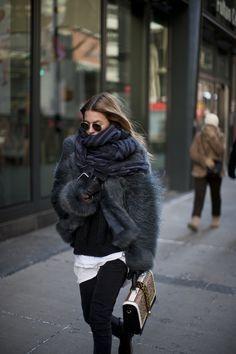 Pinterest: DEBORAHPRAHA ♥️ bundle up! oversized scarf, fur coat, street style #winter #outfit