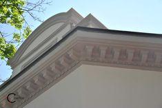 Cornisa Decorativa pentru Exterior External Doors, Window Design, Garage Doors, Stairs, Windows, Interior, Outdoor Decor, House Architecture, Home Decor