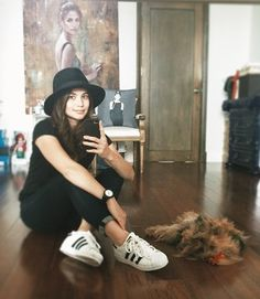 Anne Curtis, Rizal Park, Filipina, Adidas Superstar, Girl Outfits, Guys, Celebrities, Instagram Posts, Fashion