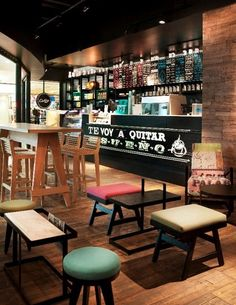 d01ce8a80c coffe shop Coffee Shop Interior Design