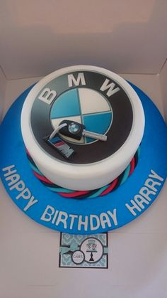 Love this BMW cake I wonder how many more I will get asked to make :-) #simplycakesandcupcakes  www.simplycakesandcupcakes.co.uk