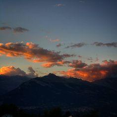Goodnight #nendazisbeautiful #visitvalais #valais #inlovewithnendaz #valaiswallis #switzerland #suisse #swissmountains #alpes #alps #nendaz #igersuisse #igernendaz #sunset