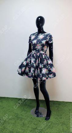 """Купить Платье из джинсы """"Букет роз"""" длина мини - разноцветный, цветочный, черный, Платье в цветочек"""