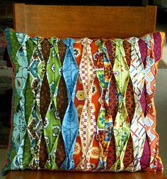 """GREAT fabric manipulation.  No pattern or tute....but it looks like each strip for the """"top"""" layer is sewn in while seaming up two """"bottom"""" strips."""