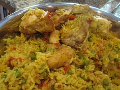Southern Jewel's Recipes Remedies and DIY: Chicken and Yellow Rice Recipe Columbia Restaurant Style - so yum, canned drained tomato, add frozen peas with rice, Dutch oven, 4 leg and thigh pieces. Yellow Rice Recipes, Rice Recipes For Dinner, Dinner Dishes, Mexican Food Recipes, Ethnic Recipes, Main Dishes, Columbia Food, Chicken And Yellow Rice, Columbia Restaurant