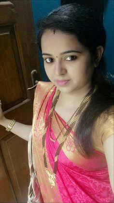 hi unti hooghly Cute Beauty, Beauty Full Girl, Beauty Women, Beauty Girls, Real Beauty, Indian Natural Beauty, Indian Beauty Saree, Beautiful Blonde Girl, Beautiful Girl Photo