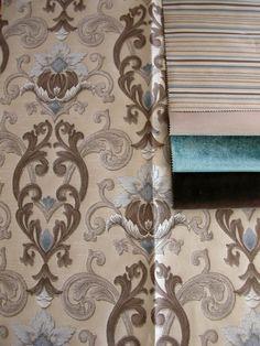 Klasszikus mintás szövött bútorszövet.