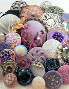 Vintage Glass, Czech Glass, Rhinestone, Porcelain & Mixed Metal Buttons.