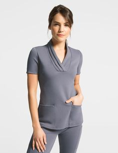 Women's Scrubs Tops – Medical Scrubs by Jaanuu Dental Scrubs, Medical Scrubs, Nursing Scrubs, Scrubs Outfit, Scrubs Uniform, Spa Uniform, Nursing Wear, Nursing Clothes, Cute Scrubs