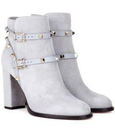 VALENTINO Valentino Garavani Rockstud suede ankle boots. #valentino #shoes #boots