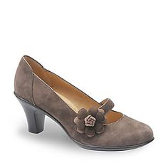 SoftSpots Women's Posey Mary Jane Pumps