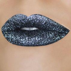 Motives cosmetics little black dress gel eyeliner with silver glitter on top