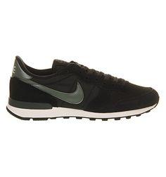 ♡ my Internationalist Sneaker Black Dark Green // Nike Sportswear