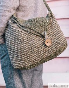 Taschenmuster von Fil Katia - Borse fatte all uncinetto - Tasche Stricken TascheStricken Crochet Handbags, Crochet Purses, Crochet Bags, Easy Crochet, Knit Crochet, Autumn Crochet, Moda Crochet, Diy Sac, Simple Bags
