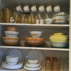 Pyrex Display, Tableware, Dinnerware, Tablewares, Dishes, Place Settings