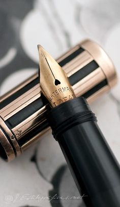 #Waterman 42 1/2 Night & Day Solid Gold