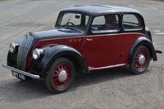 1939 Morris 8 Series E Saloon Vintage Cars, Antique Cars, Old Fashioned Cars, Classic Cars British, Veteran Car, Morris Minor, Mini Trucks, S Car, Car Drawings