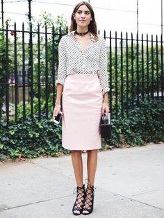 baby-pink-patent-vinyl-fabric-for-skirts.jpg (564×751)