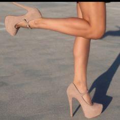 Scarpin salto alto Nude 2013 moda salto alto