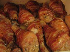 Reteta culinara Pulpe in bacon din categoria Pui. Cum sa faci Pulpe in bacon Bacon, Romanian Food, Cordon Bleu, Strawberry Recipes, Shrimp, Sandwiches, Recipies, Deserts, Good Food