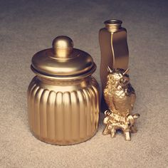 The charm of gold objects.