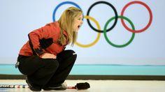 Jennifer Jones, Canada top Switzerland to remain unbeaten