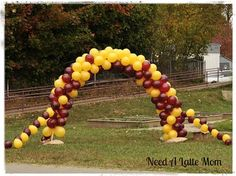 how to make a balloon arch, needalattemom School Dance Decorations, Carnival Decorations, Graduation Decorations, Cheer Decorations, Carnival Games, Balloon Decorations, Football Balloons, Homecoming Floats, How To Make Balloon