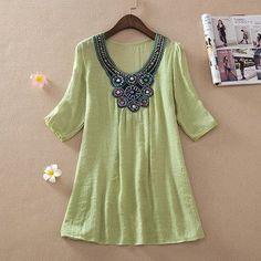 Tops Women Blouses Blusas Women Clothing Shirt O Neck Embroidery Beading Blouses New Autumn Fashion Female Blouse W00165
