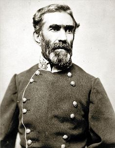 Lt General Braxton Bragg (Mar 22, 1817 – Sep 27, 1876) was a principal commander in the Western Theater of the American Civil War and later the military adviser to the Confederate President Jefferson Davis. hroughout these campaigns, Bragg fought almost as bitterly against some of his uncooperative subordinates as he did against the enemy, and they made multiple attempts to have him replaced as army commander.