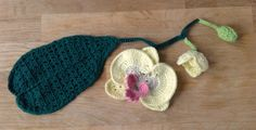 Suvi's Crochet: Young Orchid Flower, Buds, and Branches; My mom loves orchids...Thinking this would be great for Mother's Day