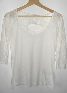 Kup mój przedmiot na #vintedpl http://www.vinted.pl/damska-odziez/bluzki-z-3-slash-4-rekawami/11174999-bluzka-bershka-l