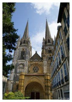 Regard sur Bayonne et le Pays Basque