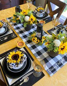 Farmhouse Kitchen Decor, Home Decor Kitchen, Dining Room Table, A Table, Table Centerpieces, Table Decorations, Sunflower Party, Sunflower Kitchen Decor, Lemon Kitchen