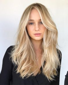 4,968 отметок «Нравится», 67 комментариев — @chelseahaircutters в Instagram: «Texture blowout / cut colour @pjthomsen MILK AND  HONEY #behindthechair #balayage #blonde…»