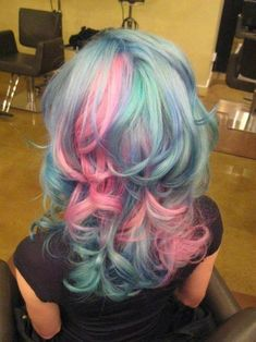 pink,blue,green hair, yes pastel love