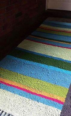 Maalattu matto   Meillä kotona Porches, Flooring, Blanket, Contemporary, Rugs, Home Decor, Front Porches, Farmhouse Rugs, Decoration Home