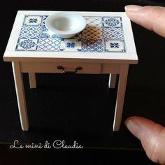 "1,132 Likes, 14 Comments - Le Mini Di Claudia (@leminidiclaudia) on Instagram: ""Small table with ceramic tiles #dollshouseminiatures #leminidiclaudia #dollhouseminiature…"""