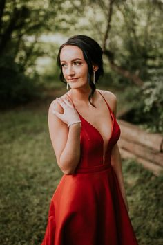 LLOYDMINSTER GRADUATION PHOTOGRAPHER | HANNAH Graduation, Backless, Formal Dresses, Photography, Portraits, Fashion, Role Models, Moda, Fotografie