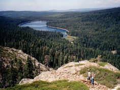 Philbrook Lake is a pleasant family campground and provides good access to the High Lakes area.