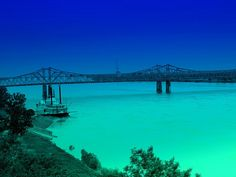 Mississipi River along Natchez, MS