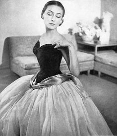 Charles James gown...