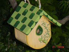 Hand crafted & painted birdhouse