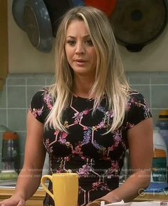 Penny's black floral tee on The Big Bang Theory. Outfit Details: https://wornontv.net/71017/ #TheBigBangTheory